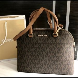 $298 Michael Kors Cindy Handbag MK Purse Bag